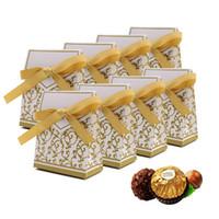 100 قطع أنيقة حفل زفاف صالح هدية الحلوى ورقة صناديق أكياس مع الشريط الذهب / الفضة
