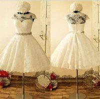 2020 Krótki Plus Size Suknie ślubne Custom Made Cap Rękawy Dopasowane Sash Aplikacja A-Line Herbata Długość Pół Rękaw Koronki Vintage Suknie Ślubne