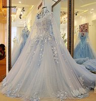 Dubai Sky vestidos de casamento azuis com longas Manto de Cristal Pérolas Puffy Bola de vestidos de noiva Robe De Mariee 2021 apliques Casamento