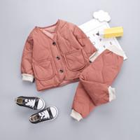 Bequeme Kinder-Winter Baumwolle Anzüge 1-5T Baby-Mädchen-Designer Eindickung Warm Cotton Kleidung 4 Farben Kinder Tops + Pants = 2ST / Set