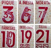 2016 Espagne loin rouge impression football ensemble de noms PIQUE A.INIESTA SILVA joueur estampage lettres imprimées police de football imprimé en plastique autocollant