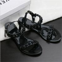 뜨거운 판매 - 새로운 여름 플라스틱 체인 비치 신발 캔디 컬러 젤리 샌들 체인 플랫 샌들 밖으로 바닥