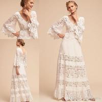 Elegancki styl w stylu Hippie Suknie ślubne 2020 Koronki Bell Sleeve Plus Size V-Neck Pełna długość Koronki Czeski Suknia ślubna