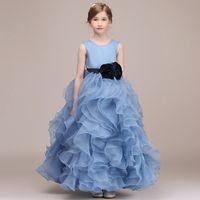 2020 Lavender Halter meninas Pageant Vestidos Tulle camadas Longo Vestidos menina para o casamento Flores coloridas Backless Bebê vestido de festa
