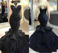 2019 lange schwarze Ballkleider Mermaid Evening Celebrity Kleider Crystal Appliques Satin Tiered Runaway Kleid Abendkleid