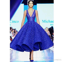 Couture Saudi-Arabien Abendkleider mit tiefem V-Ausschnitt Ärmel Zipper Abschlussball-Partei-Kleid Fashion Royal Blue Lace knielangen Abendkleider