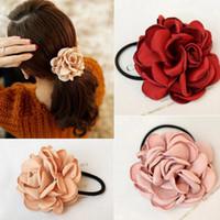 Nya mode kvinnor hår tillbehör simulering blomma gummiband Camellia Rose kopplad till elastiska hårband huvudbonad