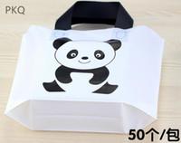 50pcs 28 * 20cm del cartón Panda Imprimir EVA regalo de las bolsas de plástico con la manija favor de partido mini boutique de joyería de embalaje de regalo Bolsa de la compra