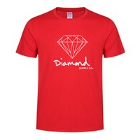 Mens Designer T-shirts de luxe d'été Nouveau T-shirts Mode Motif Hauts lettres Casual T-shirt Garçons Diamand Streetwear Tendance 2020 en gros