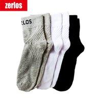 3 Çift / grup Boyutu 40-43 Zerlos Marka Yüksek Kalite Çorap Erkekler Pamuk Ekip Çorap Siyah Beyaz Gri Sıkıştırma Mutlu Erkek