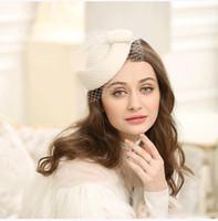 2019 Cappello di lana Vintage British Van Retrò partito banchetti donne Cappelli Bow Lace Yarn Lady Beret Hat Nuovo arrivo accessori nuziali dei capelli