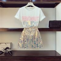 OCEANLOVE 2019 Yaz Baskı Mektupları T-shirt + Payetli Seksi Fermuar Mini Etek İki Adet Setleri Kadınlar Partisi Moda 11249 Suits