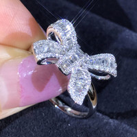 Fancy Silver Bow Ring Donna Dainty Simple Cocktail Carino CZ Women Ring Zirconia Donna Gioielli Anillos Mujer