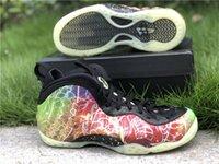Novas autênticos 2020 Foam Posite Um Pequim Shoes Planeta Hoops Verde greve Preto Basquetebol Homens de fibra de carbono real GLOW NA Sneakers ESCURO