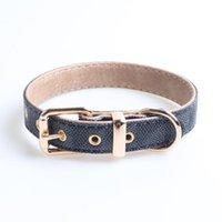 Diseñador Accesorios para perros PU Diamante Patrón de Diamante Collar de perro Tamaño ajustable Collar y correa Set de la correa Suministros para mascotas de lujo