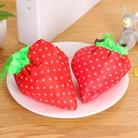 Designer-Hot vente des sacs polyester en forme de fraise sacs-cadeaux pour Noël avec de grands sacs fourre-tout de la capacité de livraison gratuite
