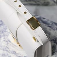 2019 sacs à bandoulière de mode classique tridimensionnelle lettre en relief à main sacs à main de mode Calcul clamées Golden Lock Sac diagonal