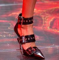 Blanco Blanco Sandalias con hollejos puntiagudos Toe Metálico Tacones Etapa Stilettos Gladiador T-Show Mujeres Party Shoes