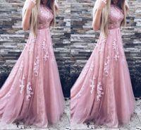 2019 robes de bal une ligne dentelle appliques dentelle sans manches avec ceinture blush rose robe de bal rose robe de soirée robes de soirée formelles CMHP0027