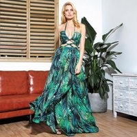 LOVELEMONADE sexy cut-out Croce cinghie aperto nero del foglio di stampa Beach Maxi Dress LM81811