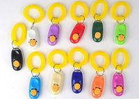 Кнопка собака звук кликера тренер Пэт с фиксатор лучезапястного сустава помощи любимчик выберите средство обучения собаки поставки 11 цвета 100pcs цил-YW1216