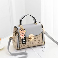 2019 New lady' s bag Fashion women' s bags Korean ve...