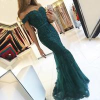 Mãe da noiva Vestidos Sash Backless Caçador Verde Crystal Beads Lace off Ombro Appliques Sereia Evening Convidado Vintage Vintage