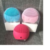 мини моющее средство мини электрический ультразвуковой инструмент красоты силиконовый водонепроницаемый очищающее поры чистые 5 цветов доставки очищающих средств.