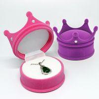 Joyería de terciopelo caja portable linda corona joyería del sostenedor del anillo de bodas de almacenamiento pendiente del collar Organizador Visualización de embalaje