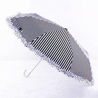 Gebogen Griff-Spitze-Regenschirm Reise kreative Folding UV sonnig und Regen Regenschirm Schwarz Weiß Streifen Lippenstift drucken Regenschirme Geschenk DBC DH0875