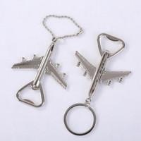 Hava Uçak Modeli Anahtar Zincirler Bira Şarap Şişe Açacakları Erkekler Kadınlar Için Parti Favor Hediye Anahtarlık Yaratıcı Uçak Metal Anahtarlık Tutucu Anahtarlık