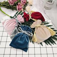 6 stks / partij 11 * 15cm fluwelen kleur sieraden tassen met kwast bruiloft snoep pouch grote bruiloft gift tas