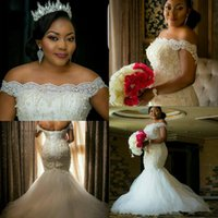 2020 Bateau Short Sleeves Lace Mermaid Wedding Dresses Beaded Lace Up Back Bridal Gowns Plus Size African Style Luxurious