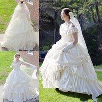 Puffy Crema Taffetà vittoriana guerra civile Steampunk abito abito da sposa d'epoca merletto Appliqued Wedding Gowns Abiti da sposa