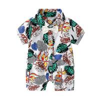 Hawaii Beach Style Boys Casual Pagliaccetto Romper Ins Summer Leaf Stampato Manica corta Kids Tuta Moda Bowl Bow Tie Toddler Onesie Y1705