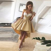 Goedkoop Gouden Hoge Homecoming Jurken Sweetheart Witte Applicaties Beaded Gedrapeerde Graduation Dress A Line Short Prom Toga