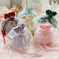 28 designs Mariage Sac de bonbons Sac de cordon de cordon Snacks Cadeau d'emballage Cadeau Poche Perpliable Perle Bijoux Flanelette Sac Sacs de rangement Box Candy Box