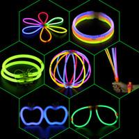 accessori per bastone di incandescenza del braccialetto di collane al neon del partito LED lampeggiante Light Stick bacchetta di giocattoli della novità Vocal Concert occhiali lanterna palmare