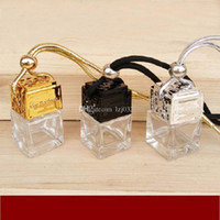 Cube Parfüm-Flasche Auto Hanging Parfüm Rearview Ornament Lufterfrischer für ätherische Öle Diffusor Duft leere Glasflasche 8ML A032