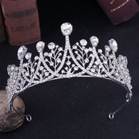 Wunderschöne Silber Crystal Bridal Crowns Hochzeit Tiaras Bridal Stirnband Quinceanera Geburtstag Miss World Crown Rot Gold Royal Blue Green Peach