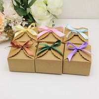 100 개 / 몫 크래프트 종이 광장 사탕 상자 리본 소박한 결혼식 호의 사탕 상자 홀더 가방 웨딩 생일 파티 선물 상자