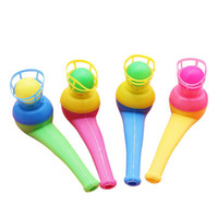 12 UNIDS Pipe Ball Party Regalos Colorful Magic Blowing Pipe Floating Ball Niños Juguetes Favores de Fiesta Regalo de Cumpleaños para Niños