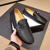 Luxury New Orignal Box Mens Loafers Gommino Dress Gentleman Casual Britain Cowskin Slip On Wedding Drive Shoes Size38-46