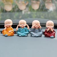 4Pcs / Set Der kleine Mönch für Hauptdekorationen Figuren netten Haupt Ornament Auto dekoratives Handwerk Heim Accessorie