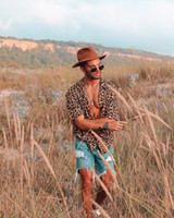 새로운 남성 셔츠 짧은 소매 표범 인쇄 남성 캐주얼 하와이 패션 셔츠 슬림 남성 셔츠 S-3XL