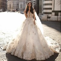 Milla Nova 2020 Пышные свадебные платья с Обертывания V шеи Кружева аппликация ручной работы Бисероплетение Винтажные свадебные платья Дубай арабского Brdal платье