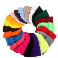 21 colores para hombre clásico de las señoras de las mujeres de gran tamaño de punto Slouch Beanie Beanie cráneo del sombrero de los casquillos de los amantes Kintted Cap sólido Beanie Caps EEA689