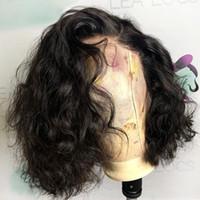 Frente del cordón humano pelucas de pelo corto y rizado pelucas 13x4 Remy brasileño para las mujeres pre Pluck color natural blanqueado nudo