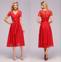 2020 Nouvelle Bourgogne rouge de dentelle robes de cocktail col en V Sash manches courtes Designer Robes formelles occasions robe de soirée CPS1144