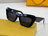 40036 Moda Yeni Güneş Gözlüğü Retro Tam Çerçeve Güneş Gözlükleri Vintage Punk Stil Gözlük En Kaliteli UV400 Koruma Kılıf